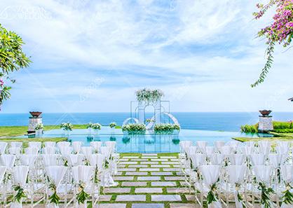 巴厘岛海之天空之境水台婚礼