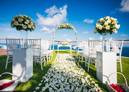 巴厘岛艾吉酒店别墅婚礼